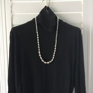 🛍2/$20 Banana republic statement necklace